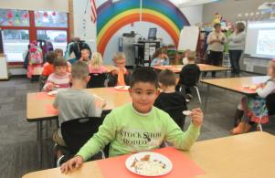 Charlie Brown Thanksgiving Feast - Kindergarten