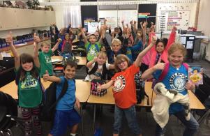 Third Grade Gives the Planetarium a Thumbs Up